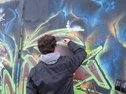 Dejligt, at I er kommet forbi i dag. Det skal handle om graffitirens i dag på bloggen, så hvis din ejendom er ramt af graffiti, så bør du læse med i dag.